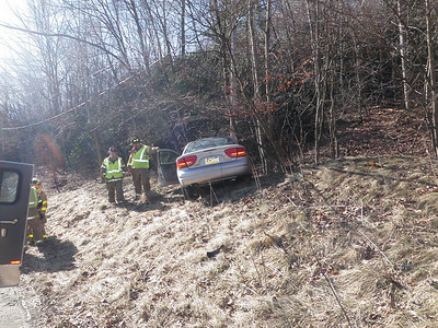 NEW CASTLE TOWNSHIP ROUTE 61 VEHICLE ACCIDENT 1-31-2010 PICTURES BY COALREGIONFIRE