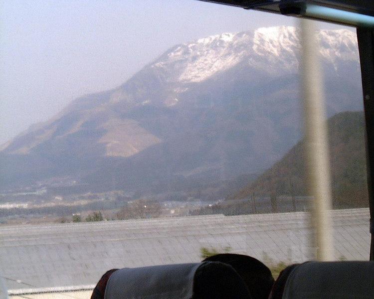 fuji sama<br /> 2004