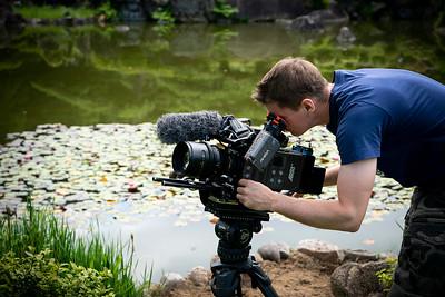 07 Matthew Allard ACS filming Keitakuen Gardens Osaka © David Bickerstaff