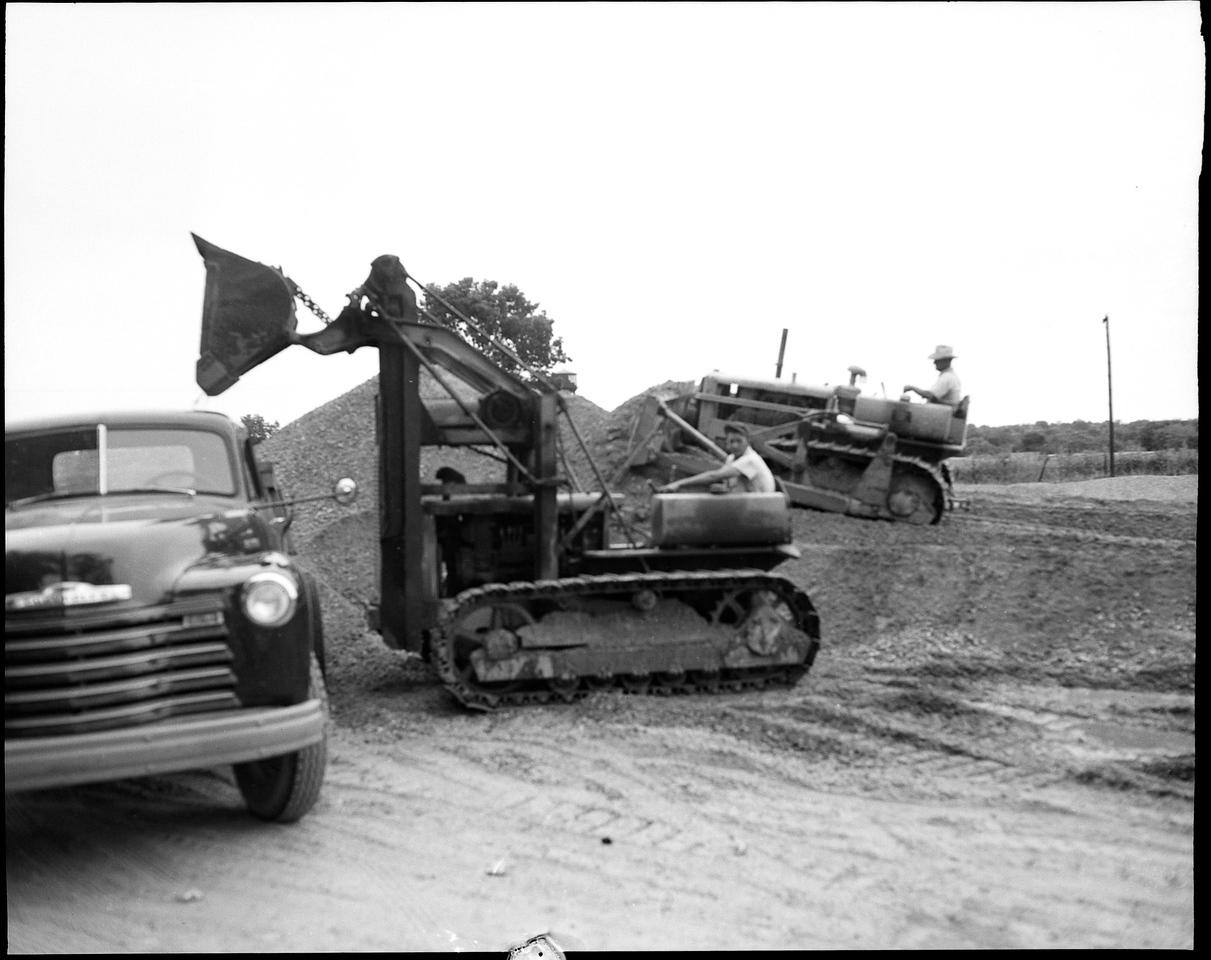 Galloway Sand & Gravel 1951 D-4 Traxcavator, D4 Dozer