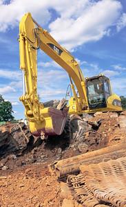 WM_excavator_-_C022200