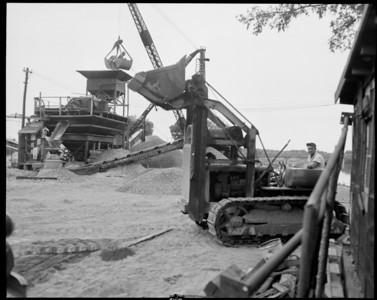 Galloway Sand & Gravel 1951 D-4 Traxcavator