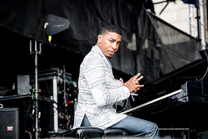 Christian Sands  /  2019 Newport Jazz Festival   /  dsc_C33009