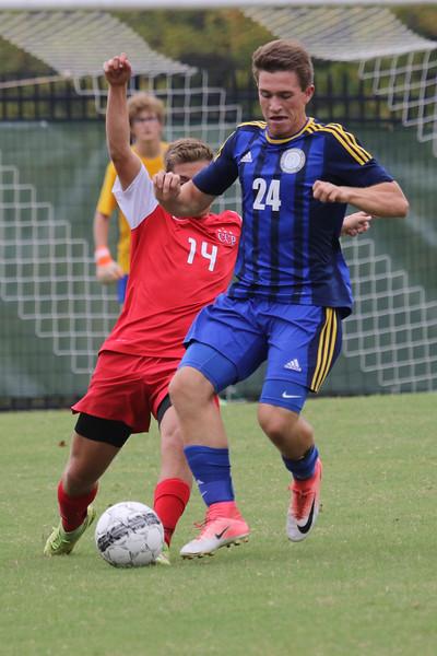Soccer V Chaminade-8