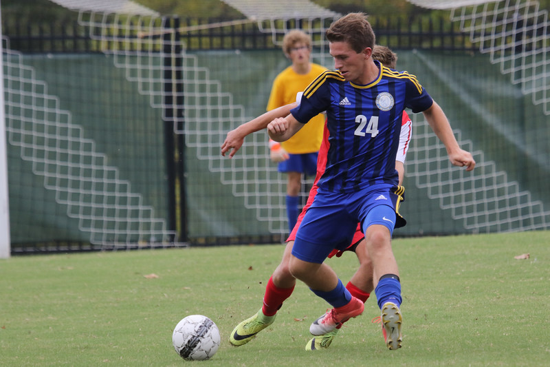 Soccer V Chaminade-10