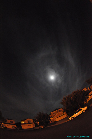 08/12/11 - Pretty clouds!!! I was planning to check out the condition for meteor shower and saw this cloud ring around the moon. I will not miss the opportunity....