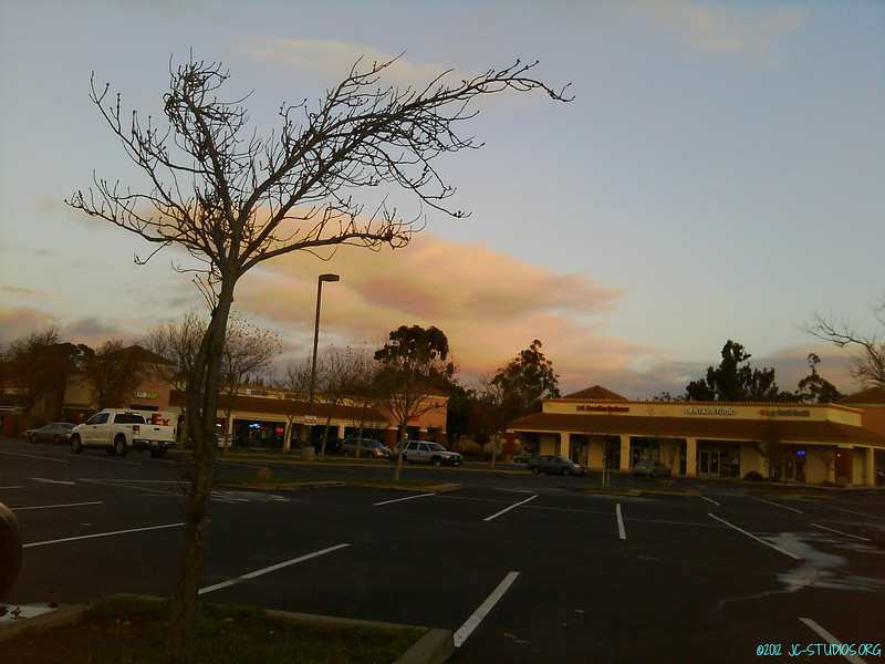 12/26/2012 - Nice sunset color. Took this after late lunch/tea. Took today off.
