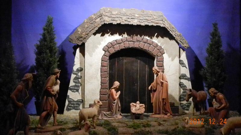 12/24/2012 - Christmas Eve... Happy Birthday Jesus, Merry Christmas everyone.
