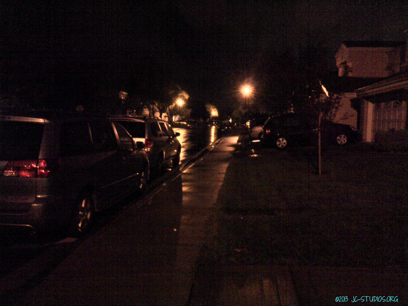 04/07/2013 - Windy Rainy Sunday Night