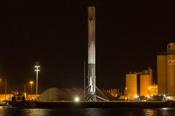 JCSAT-14 Falcon9 returns to port