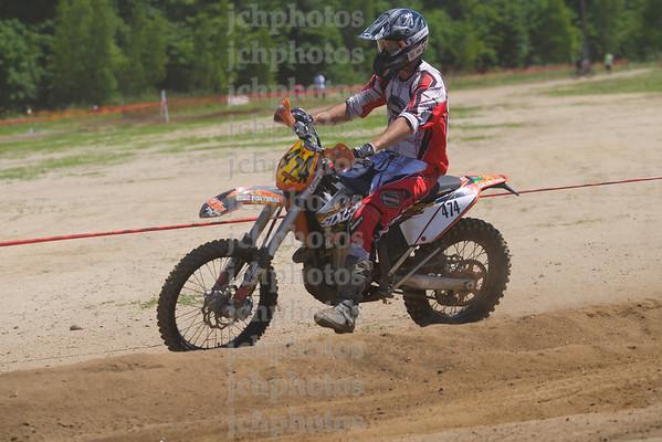 Heat 4 Jday MX 101 GP Rd 7 2012