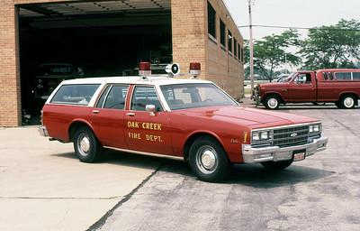 OAK CREEK FD WI  CAR 1859  1995  CHEVY CAPRICE WAGON