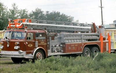 EAST CLEVELAND FD OH  LADDER     ALFCO CENTURY 85' WATER CHIEF AT ALF FACTORY   8-1977  LEO DULIBA PHOTO