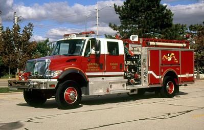 DANVERS FPD  ENGINE 121  2003  IHC 7400 - PIERCE   1000-1000   #14366       DON FEIPEL PHOTO