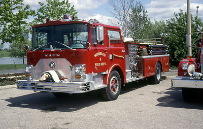 MUNDELEIN FD  ENGINE 8  1969  MACK CF   1250-500