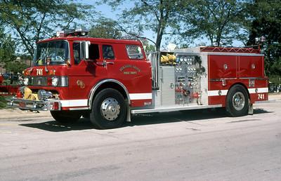 DOWNERS GROVE FD  ENGINE 741  1985  FORD C8000 - PIRSCH   1000-500