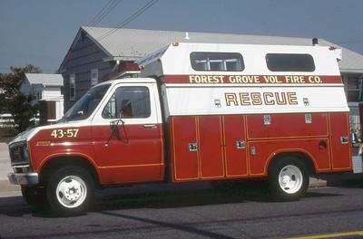 FOREST GROVE VFC NJ  RESCUE 43-57  FORD F - READING