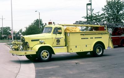 WAUWATOSA FD W  TANKER 1  1967  FWD   500-1500