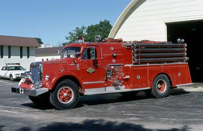 GURNEE FD  ENGINE 5  1962  IHC V190 - PIRSCH   750-750