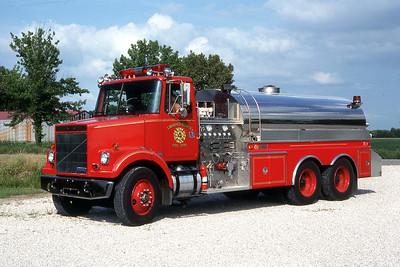 LAWRENCE-ALLISON FPD  ENGINE 4  1988  WHITE - 4-GUYS   1000-3000   MARK MITCHELL PHOTO