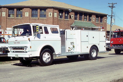 DARLEY DEMO  ENGINE  1978  CHEVY - DARLEY   AT 1978 MONROE FIRE SCHOOL