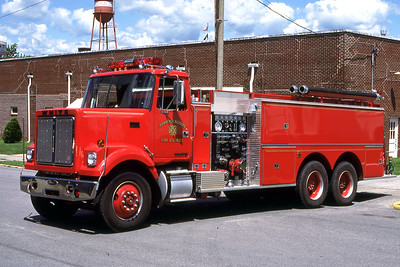LAWRENCE-ALLISON FPD  ENGINE 3  1983  WHITE - PIERCE  1000-2000    MARK MITCHELL PHOTO