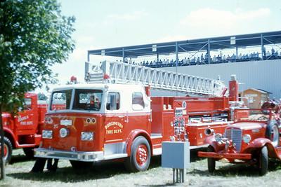 BURLINGTON FD WI AT 1976 MONROE FIRE SCHOOL   JDS PHOTO