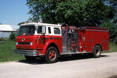 LAFAYETTE COMMUNITY FPD   ENGINE  1973  IHC CARGOSTAR - DARLEY   1000-1000  X-SHOREWOOD FPD   MARK MITCHELL PHOTO