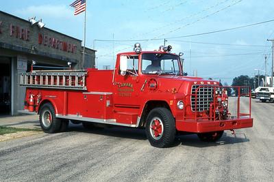 LANARK FPD  ENGINE 431  1973  FORD L - ALEXIS   500-1500    MARK MITCHELL PHOTO