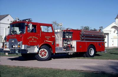 LAKE ZURICH FD  ENGINE 213  1976  MACK CF    1250-1000     MARK MITCHELL PHOTO