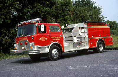 SOUTH QUEENSBURY VFC NY  ENGINE 5  1988  MACK CF - QUALITY   2000-1000