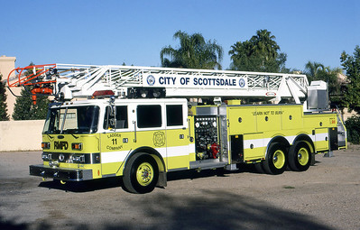 SCOTTSDALE FD  LADDER 11  1988  PIERCE ARROW   1500-300-105'    DON FEIPEL PHOTO