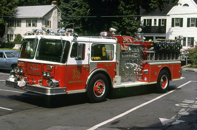 TOWN OF MAMARONECK FD NY  ENGINE 51  1980  SEAGRAVE   1500-750   LEO DULIBA PHOTO