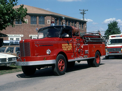 WOODFORD FD WI  ENGINE 1  FWD   AT THE 1984  MONROE FIRE SCHOOL