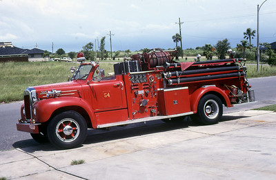 NEW ORLEANS FD  ENGINE 54  MACK B