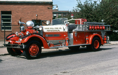 GOOD WILL FIRE COMPANY - POTTSTOWN PA  ENGINE 1  1947  AHRENS FOX   1000-0   HT #3460