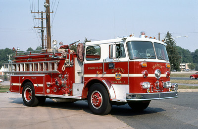 BOWIE FD MD  ENGINE 39  SEAGRAVE   1000-500    OFFICERS SIDE