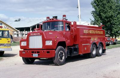 BURKE-BRISTOL-SUB PRARIE FD  TANKER  MACK R - MONROE   AT THE 1981 MONROE FIRE SCHOOL