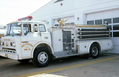 WEST TUCKERTON VFC - EGG HARBOR NJ  ENGINE 7111  1971  FORD C - YOUNG   1000-750