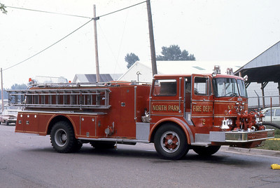 NORTH PARK FD  ENGINE 802  FORD C - HOWE   AT 1973  MONROE FIRE SCHOOL (2)