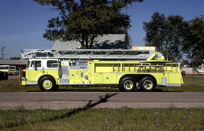 UNKNOWN SEAGRAVE LADDER DELIVERY