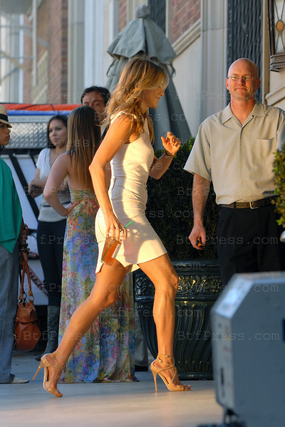 Jennifer Anniston and Adam Sandler during the set of Jsudt Go With It in Santa Monica.