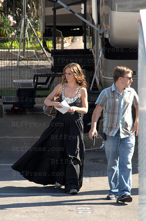 "EXCLUSIVE-American actress Jennifer Love Hewitt on the set of the American television drama-fantasy-thriller ""Ghost Whisperer"" in Long Beach. She appears very beautiful in her black dress but wearing... running shoes. Long Beach (CA), USA - 30/07/2008"