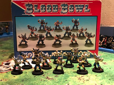 Norse Blood bowl Team painted (might need some touch ups) 75$