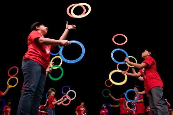 2011 Juggling Life Benefit Show