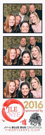 Had an awesome time ringing in the New Year with Junior League of Eugene! Cheers to 2017! Head to www.jleugene.org for more info on Junior League of Eugene.  // Be sure to like our page so you can tag and share your photos //  Looking for a rad photo booth for your next event? Check out www.bluebuscreatives.com for more info.