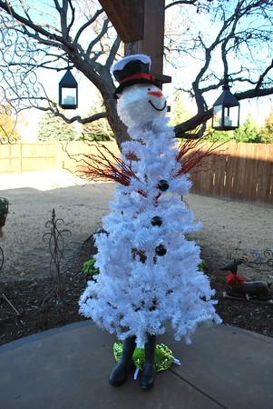 Snowman tree2