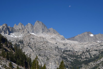 The jagged ridge on the left is called Devils Crags.