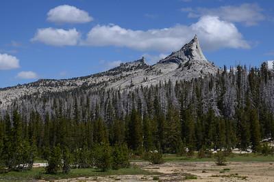 Columbia Finger (right) and Tressider Peak (left).