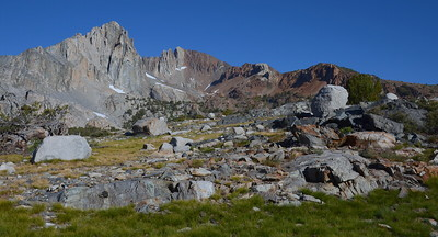 This area on the way to Pinchot Pass was geologically fascinating!